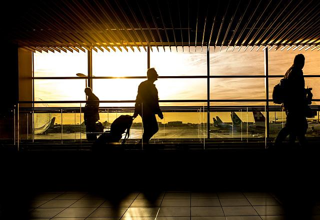 Click image for larger version.  Name:silhouette-of-person-in-airport-227690.jpg Views:331 Size:167.1 KB ID:223601
