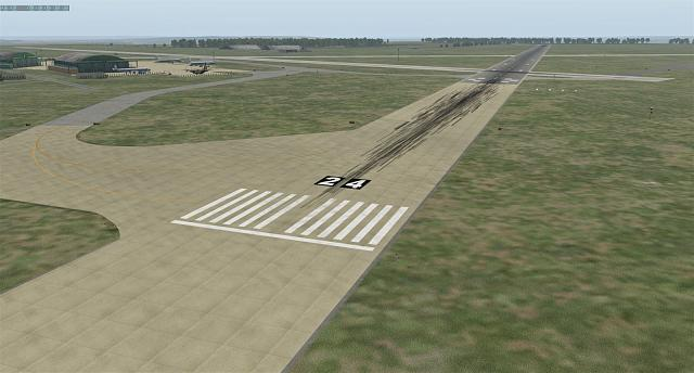 Click image for larger version.  Name:runway24-sm.jpg Views:76 Size:208.7 KB ID:199576