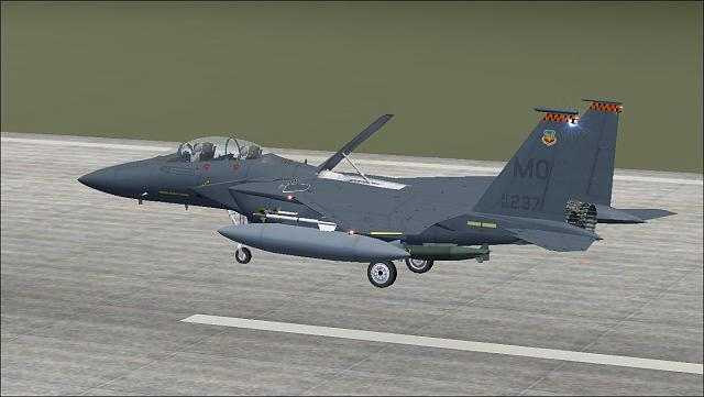 Click image for larger version.  Name:F-15E landing.JPG Views:38 Size:96.8 KB ID:209368